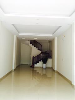 Bán nhà riêng 5 tầng tại Vạn Phúc. MT 3.9m. Giá 2.8 tỷ 8227630