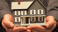 Có được đứng tên quyền sở hữu nhà đất sau khi đã xuất cảnh?