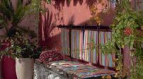 Làm đẹp sân vườn với những chiếc ghế giá rẻ