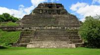 Kiến trúc quyến rũ và bí ẩn của các kim tự tháp Maya