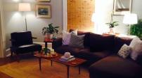 Trang trí phòng khách tươi mới đón xuân hè