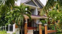 Bố trí cửa chính hợp phong thủy thu nạp khí vượng vào nhà