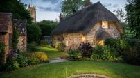 Ngôi nhà nhỏ yên bình bước ra từ thế giới cổ tích