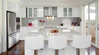 Trang trí ngôi nhà thêm sang trọng với sắc trắng tinh khôi