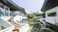 Ngắm khu vườn rộng giữa nhà của đại gia xứ Hàn