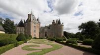 Tòa lâu đài đồ sộ được bán với giá khởi điểm chỉ 1 euro