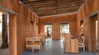 Thiết kế độc đáo căn nhà đất lợp mái tre ở Quảng Ninh