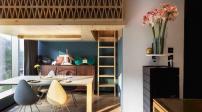 Căn hộ nhỏ nhưng có trần cao: Cải tạo thành không gian sống đẹp không khó