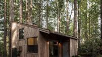 Nhà gỗ mộc mạc mà hiện đại giữa rừng Redwood