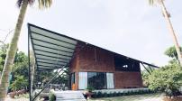 Ngôi nhà độc đáo ở Đà Nẵng có mái hình cánh diều