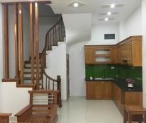 Bán nhà tại phường Phú Đô, quận Nam Từ Liêm, DT 32m2 x 4 tầng nhà xây đẹp ô tô cách nhà 10m