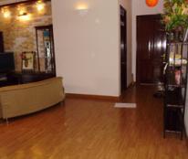 Bán chung cư 17T quận Cầu Giấy, Hà Nội, 2 phòng ngủ, căn góc, giá 1.8 tỷ nội thất đẹp
