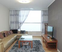 Cho thuê gấp căn hộ cao cấp giá rẻ Riverside Residence 2 PN – Phú Mỹ Hưng