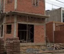 Nhà mới 100%, có căn góc tiện buôn bán tạp hóa,làm tóc... Giá 560tr, 430tr, 330tr, nhà 1 trệt, 1L