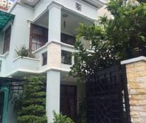 Cần bán căn biệt thự tại khu Thảo Điền Q.2, 170m2, có nội thất. Giá 13,5 tỷ. LH: 0909.038.909