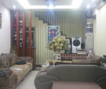 Bán nhà Hào Nam 42m2 x 5 tầng, MT: 4.1m, KT hiện đại, nội thất sang trọng, nở hậu. Giá 4.5 tỷ