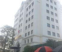 Cho thuê văn phòng khu Duy Tân. DT 80-450m2. Giá 220k/m2/th.