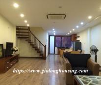 Cho thuê căn hộ cao cấp ở phố Lê Văn Hưu, 140m2,2pn,đầy đủ nội thất hiện đại, giá:24 triệu/tháng