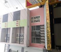 Cần cho thuê nhà MT đường Phùng Văn Cung, trệt, lửng, 2 lầu ST, 3 PN. DT: 6x4m