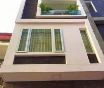 Nhà 4 tầng DT 70m2, xây mới kiên cố, ô tô vào nhà, ngay gần ngã tư  Nguyễn Công Hòa. Giá 3 tỷ(TT)