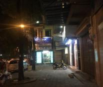 Cho thuê gấp nhà mặt phố Chùa Láng 65m, MT 5m, 25 tr/tháng, kinh doanh