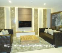 Cho thuê căn hộ phố Trần Hưng Đạo, Hoàn Kiếm, 135m2,2pn,đủ nội thất đẹp, giá:31 triệu/tháng