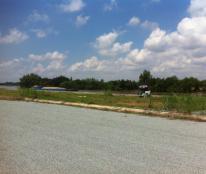 Cần bán đất 2 MT sông , sổ đỏ ngay đường Phạm Hùng giá từ 13tr/m2