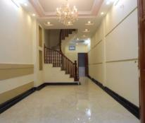 Cần bán gấp nhà ở Láng Hạ, 55m2, kinh doanh sầm uất, giá chỉ 5,6 tỷ