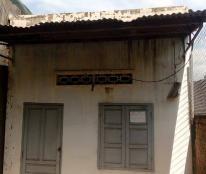 Bán nhà hẻm Lê Duẩn, hẻm vào 3m 300tr