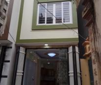 Bán nhà tổ 3 Đa Sỹ 36m2*4T sát mặt phố chính, lô góc, giá bán: 1,85 tỷ