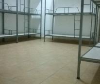 Cho thuê ở ghép giường tầng dạng KTX, gần công viên Gia Định, giá 400 nghìn/tháng có máy lạnh