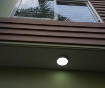 Cho thuê nhà mặt phố Đỗ Quang, 45m2 x5Tầng, MT: 4m, Tiện KD, 40triệu/tháng