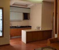 Bán căn hộ (tầng 15) 137 phố Nguyễn Ngọc Vũ:77m2 2PN ,2VS cực đẹp giá 2,1 tỷ.