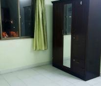 Nữ ở ghép cùng phòng trong căn hộ chung cư cao cấp Khánh Hội 1, 20m2, WC riêng
