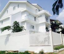 Cho thuê biệt thự đơn lập Mỹ Kim, khu vực yên tĩnh, nội thất cao cấp, 4 phòng ngủ lớn. Giá 60 tr/th