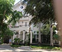 Cho thuê biệt thự đơn lập khu Cảnh Đồi Phú Mỹ Hưng, nhà đẹp, giá rẻ 27 triệu LH ;0918889565