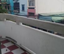 Cần bán gấp căn hộ Hùng Vương Điện Máy, Quận 5, DT: 50 m2, giá 1.1 tỷ