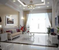 Bán nhà tuyệt đẹp, nội thất cao cấp, mới 100%, cách chợ 10m