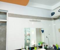 Bán gấp nhà riêng tại phố Hào Nam, Đống Đa, Hà Nội, sổ đỏ chính chủ