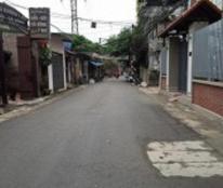 Mình đang cần tiền mặt gấp nên cần bán một căn nhà tại Phường Quảng An, 0936123564