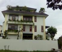 Bán biệt thự mới, cực đẹp, có hồ bơi, hướng Tây KDC ven sông Sadeco, P. Tân Phong, quận 7