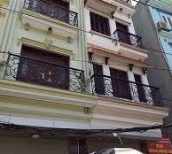 Cho thuê nhà hàng phố Nguyễn Chánh 5 tầng