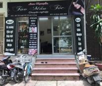 Cần Sang nhượng salon Nail & Hair, số 23 ngõ 82 phố Chùa Láng, Đống Đa.