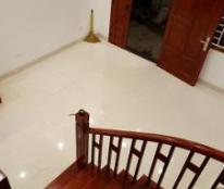 Cho thuê nhà mới xây ngõ 94 phố Mai Phúc, Long Biên, 6,5 tr/tháng, 0906296066