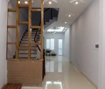 Bán nhà 279 Đội Cấn, Ba Đình, DT48m2x5 tầng, cách phố 50m, tầng 2 phòng, giá 4,8 tỷ