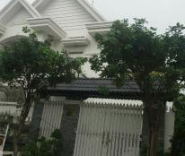 Cho thuê nhà biệt thự 204 Nguyễn Văn Hưởng, Thảo Điền, Quận 2, trệt 1 lầu, 5PN, 6WC. LH 0918860304
