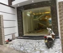 Nhà 3.5 tầng, 80m2(ngang 4.3m) ngõ Hoàng Quý-Tô Hiệu, Ôtô vào nhà, sân cổng rộng, giá 3.4 tỷ(TL)