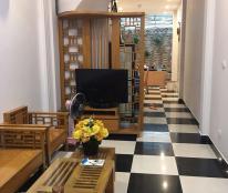 Cho thuê nhà riêng ở Đào Tấn, DT: 60m2 x 4 tầng, Ba Đình, full đồ