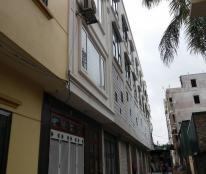 Bán gấp nhà liền kề đã hoàn thiện về ở ngay ngõ 175 Bát Khối, Long Biên, Hà Nội.