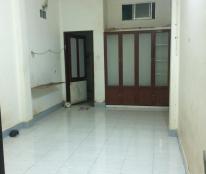 Cho thuê phòng trọ 26m2, có toilet riêng, chỗ để xe và wifi miễn phí, Đoàn Văn Bơ, Q4